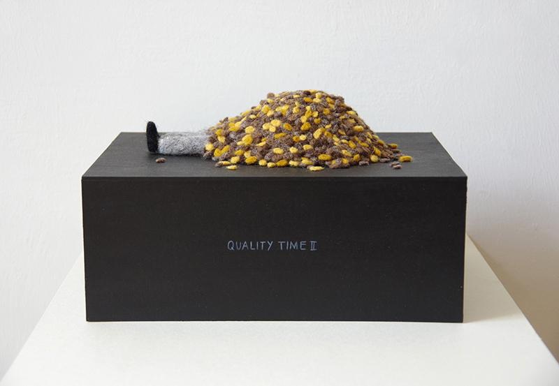 "Patricia Huck, a.d. Reihe ""Man muss nur wollen"", Quality Time II, Filzarbeit auf Karton, 2015"